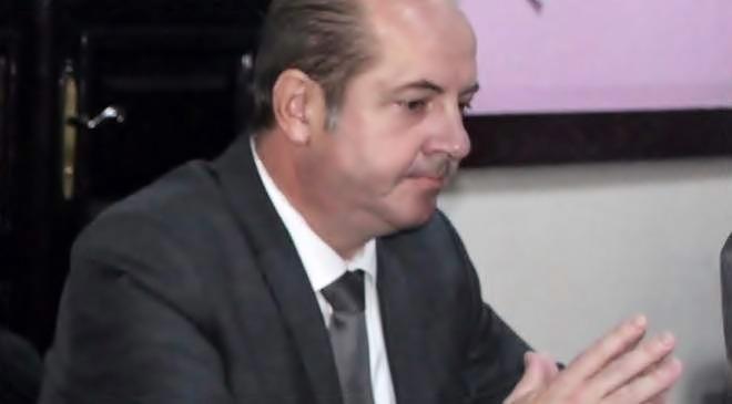Primarul Victor Drăguşin a îmbătrânit. Nu mai poate ţine…!