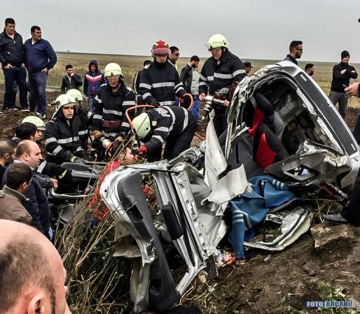 carnagiu-intre-alexandria-si-bucuresti-trei-morti-in-urma-unui-grav-accident-de-circulatie-foto