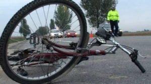 ACCIDENT: Un biciclist a decedat, după ce a fost lovit de un autobuz