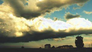 ALERTĂ METEO. Teleormanul, sub Cod galben de ploi torenţiale, vijelii şi căderi de grindină.